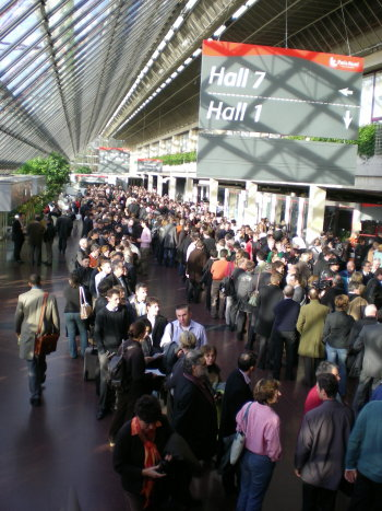 http://www.cedric-augustin.eu/images/congres/file_attente_entree_modem.jpg